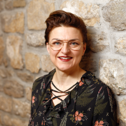 Sonja Clauß : 2. Beisitzer